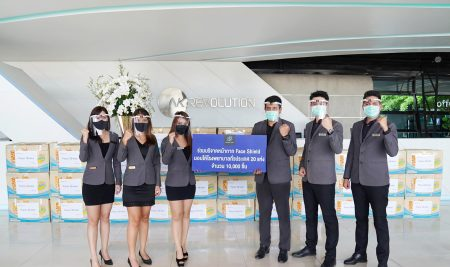 An ANS Alumni-45 (Jan Thong) generously donated 10,000 face shields to hospitals