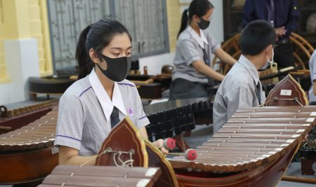 Our Year 9 students learnt and developed skills in playing Thai musical instruments.
